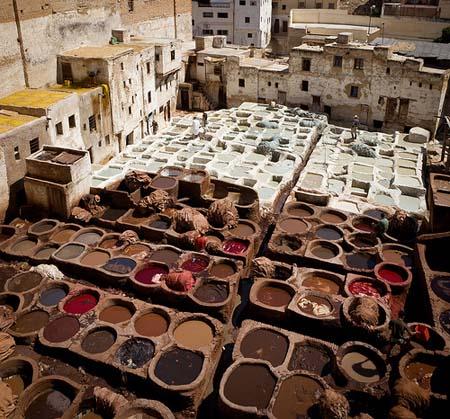 barrio-de-los-curtidores-en-Fez-Marruecos